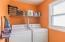 Bright & cheery laundry room!
