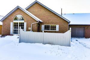4902 Meadow Run Drive, Hilliard, OH 43026