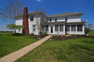 2230 Winchester Southern Road SW, Ashville, OH 43103