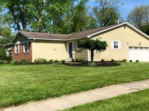 Property for sale at 184 Melbourne Place, Worthington,  OH 43085