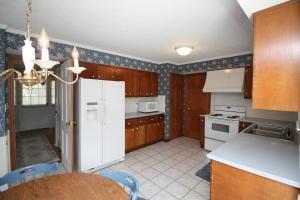 Homes for Sale in Zip Code 43085
