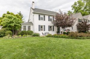 Property for sale at 1658 Essex Road, Upper Arlington,  OH 43221