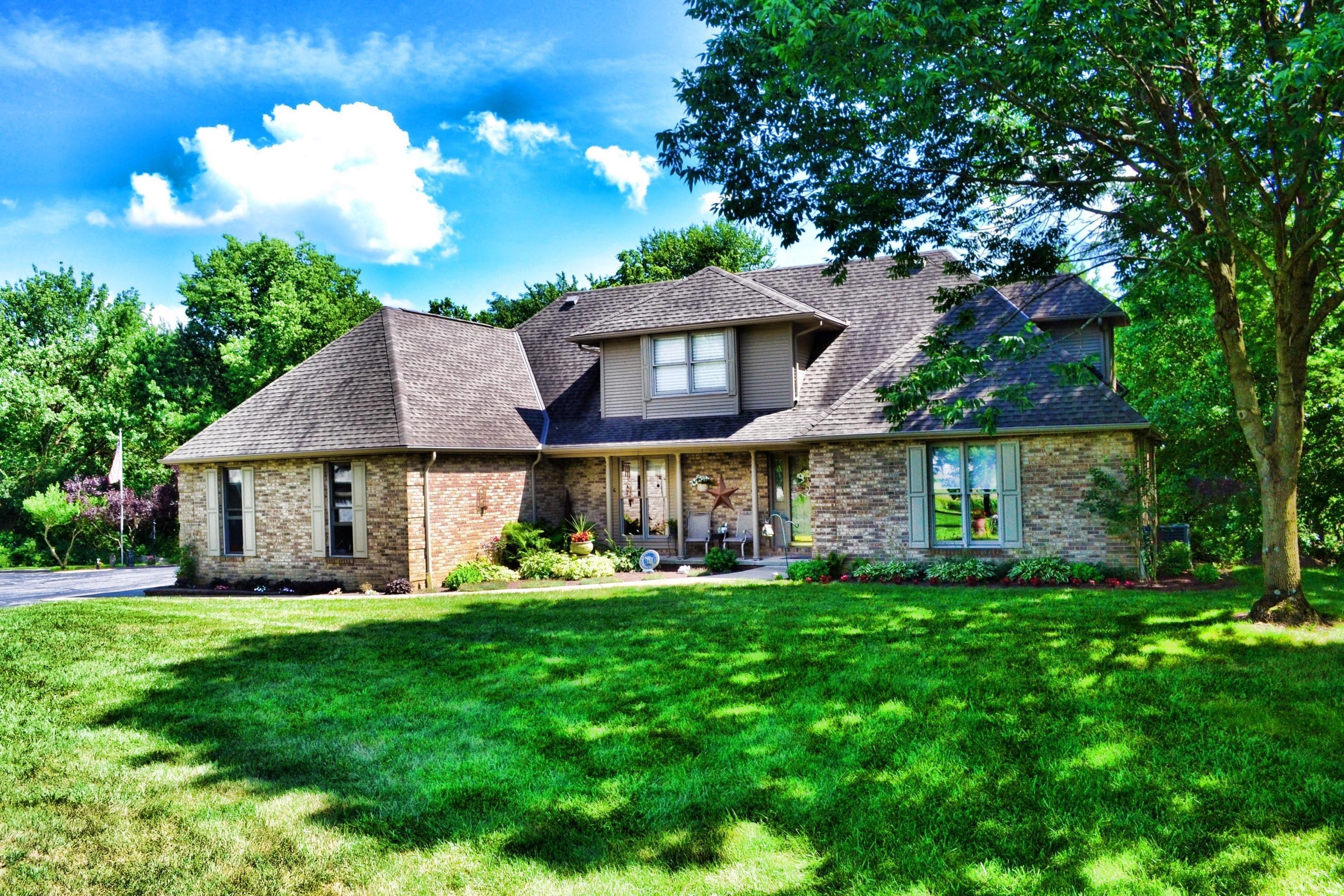 Photo of 1209 Stringtown Road, Grove City, OH 43123