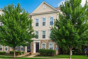 Beautiful town home condo with stone front.