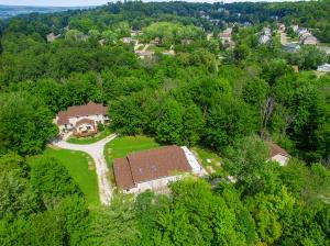1705 Blue Jay Road, Heath, OH 43056