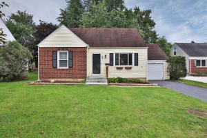 Property for sale at 43 W Lincoln Avenue, Worthington,  OH 43085