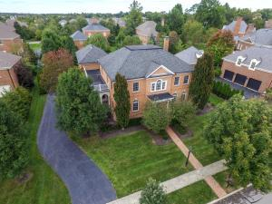 7240 Ashcombe Court, New Albany, OH 43054
