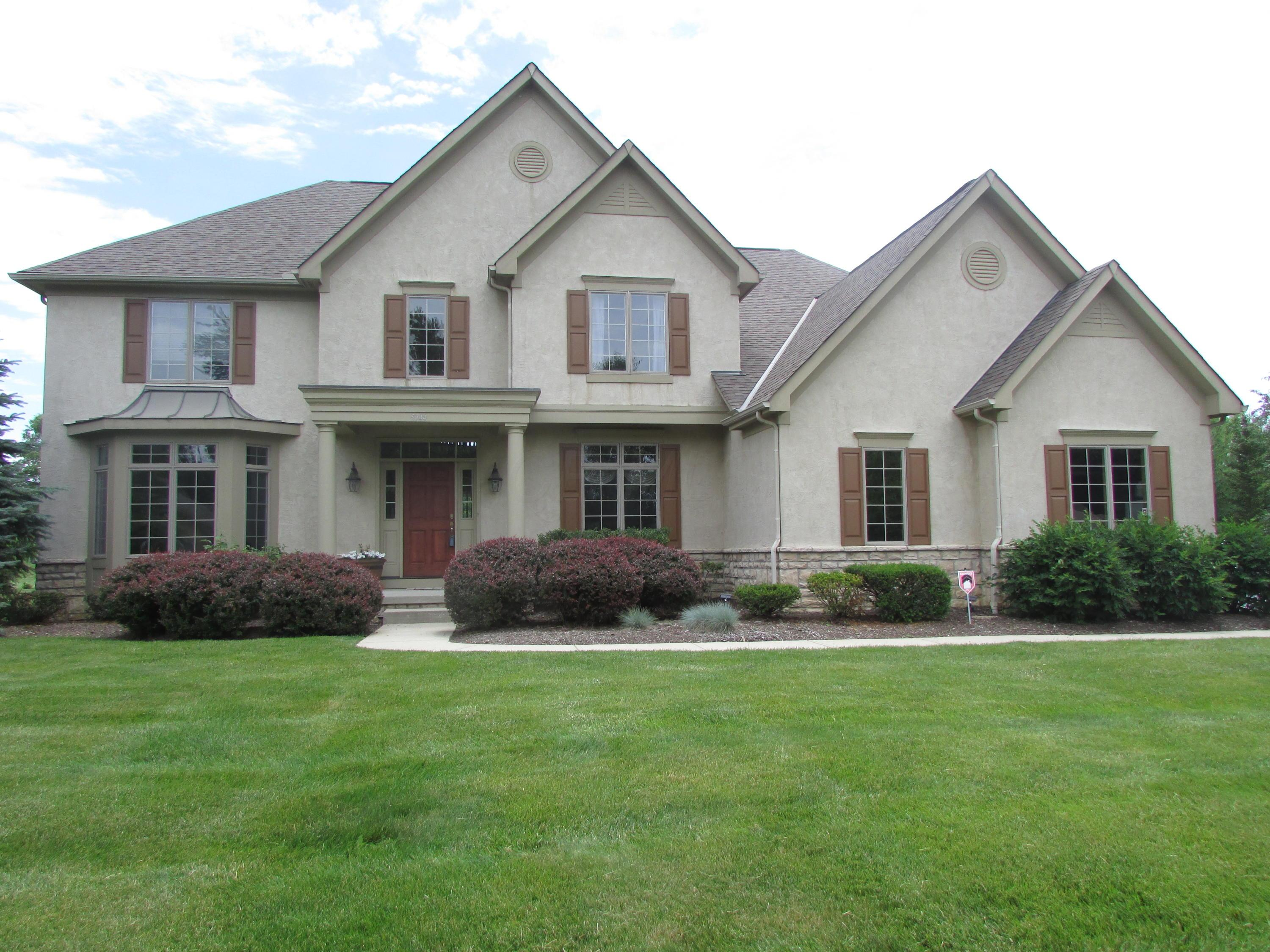 5744 STREAMSIDE Drive Central Home Listings - RE/MAX Achievers Real Estate