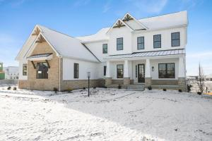 9415 Baytree Drive, Powell, OH 43065