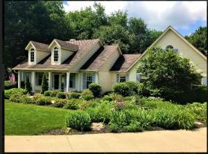 13281 Rolling Hills Court, Mount Vernon, OH 43050