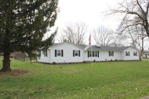 Property for sale at 19920 Woodsview Drive, Circleville,  Ohio 43113