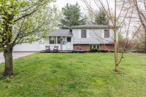 Property for sale at 19 Kenwick Circle, Granville,  Ohio 43023