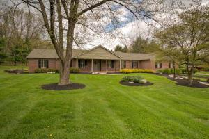 Property for sale at 98 Wexford Drive, Granville,  Ohio 43023