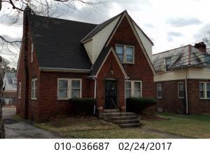 Property for sale at 1955 Greenway N Avenue, Columbus,  Ohio 43219