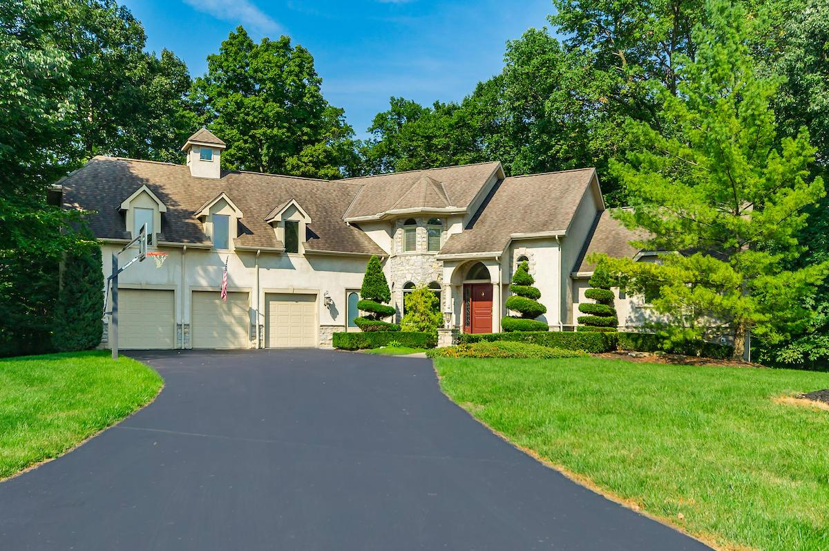 Photo of 3265 Woodstone Drive, Lewis Center, OH 43035