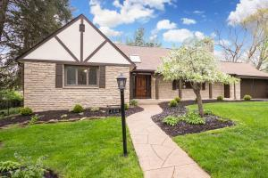 200 W Jeffrey Place, Columbus, OH 43214