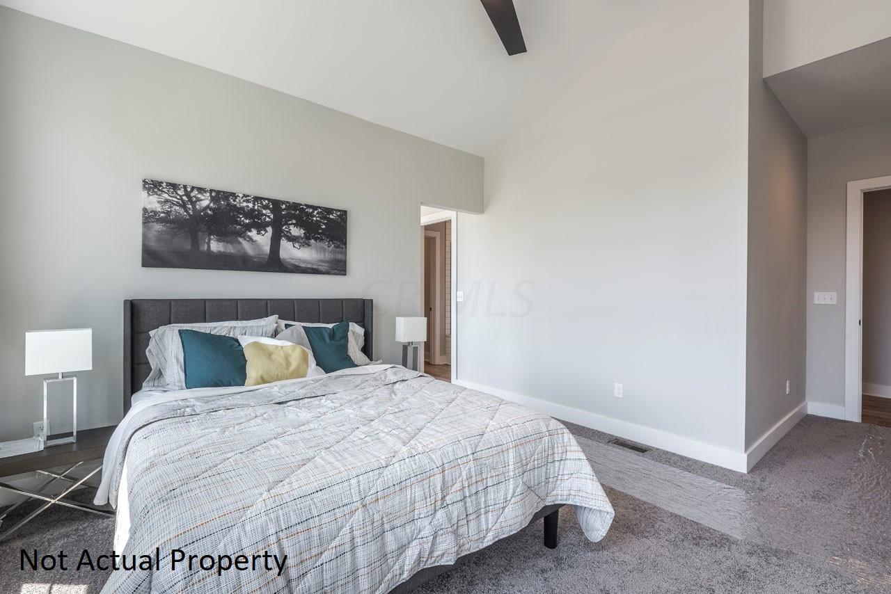 1082 Bryden Road, Columbus, Ohio 43205, 2 Bedrooms Bedrooms, ,3 BathroomsBathrooms,Residential,For Sale,Bryden,217041851