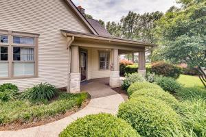 462 Cottage Grove E, Heath, OH 43056