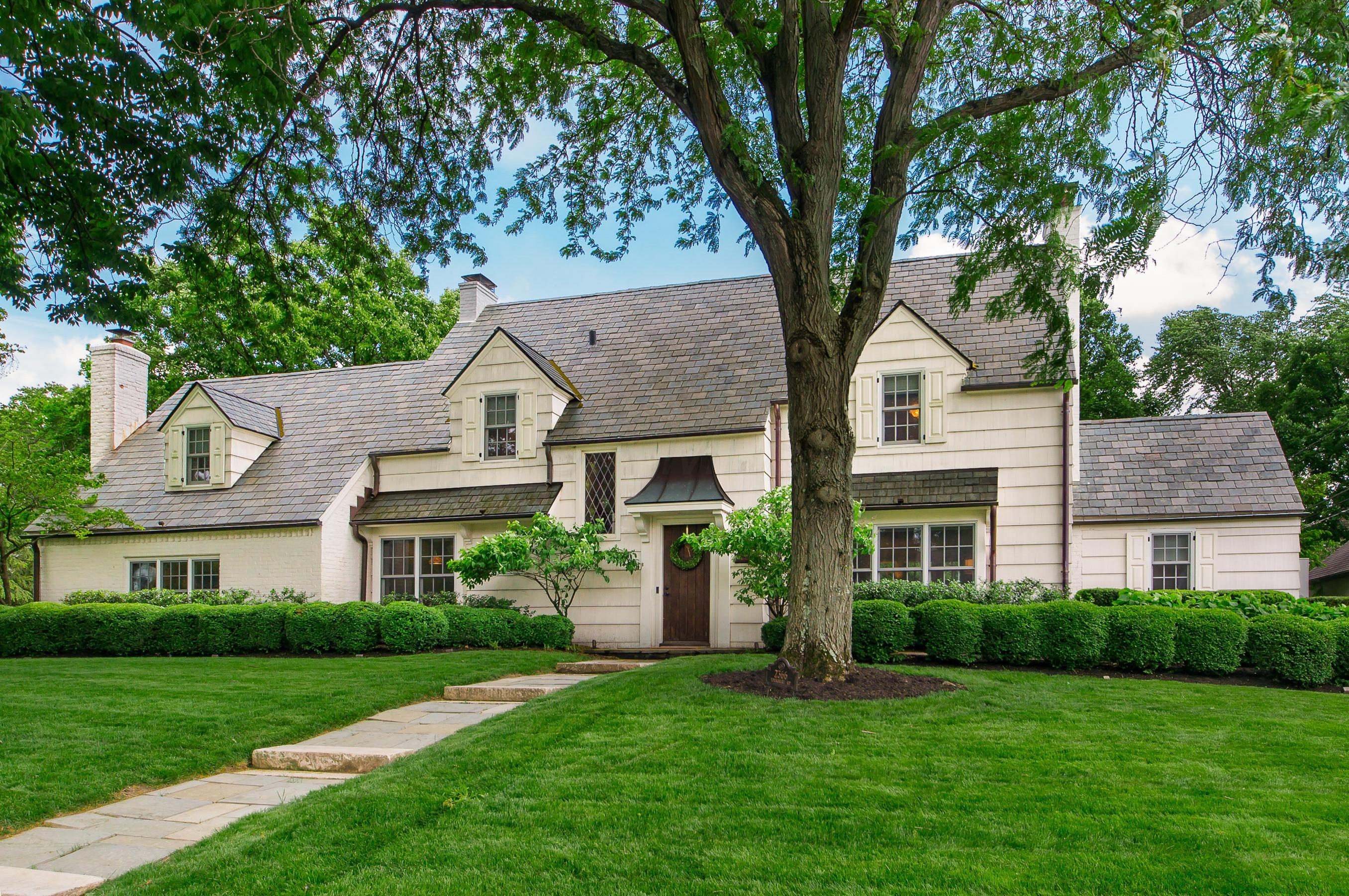 Photo of 2366 Yorkshire Road, Columbus, OH 43221