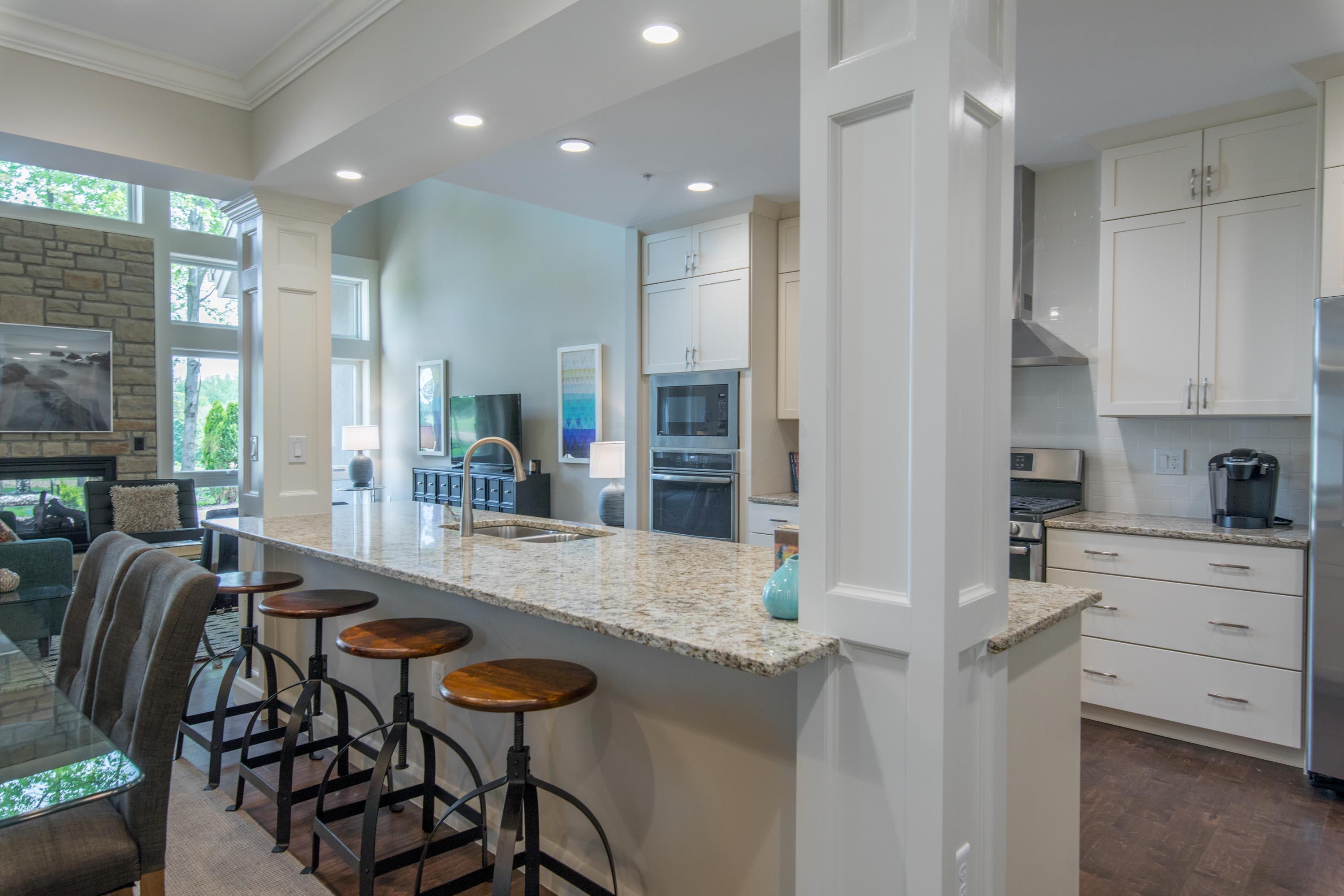 718 Fairway Boulevard, Columbus, Ohio 43213, 3 Bedrooms Bedrooms, ,3 BathroomsBathrooms,Residential,For Sale,Fairway,219018543