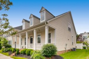 8032 Loomis Drive, New Albany, OH 43054
