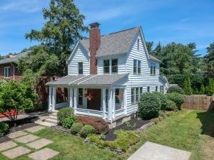 366 Clinton Heights Avenue, Columbus, OH 43202
