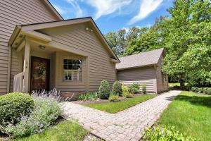 31 Donald Ross Drive, Granville, OH 43023