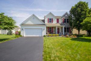 108 Fox Glen Drive E, Pickerington, OH 43147