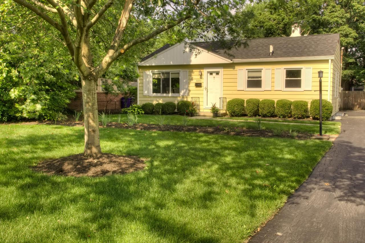 Photo of 3251 Mountview Road, Upper Arlington, OH 43221