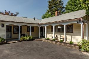 173 S Chesterfield Road, Columbus, OH 43209