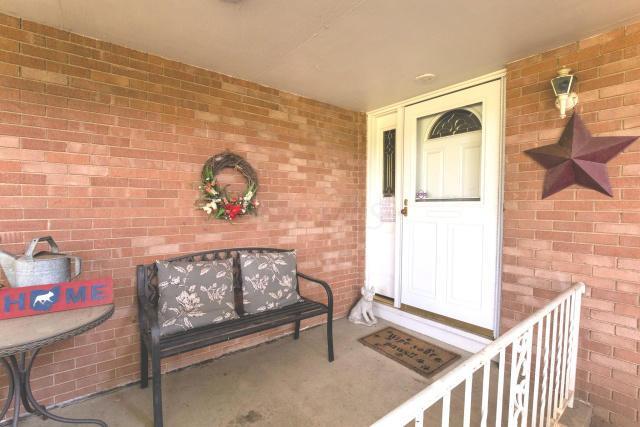 Brice Front Porch w_Door
