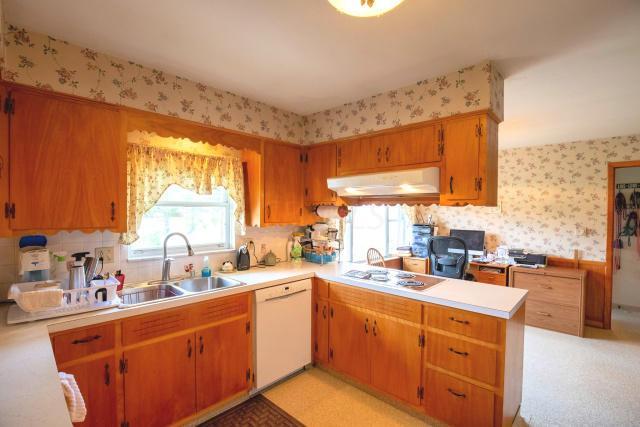 Brice Kitchen 3