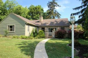 566 E Beaumont Road, Columbus, OH 43214