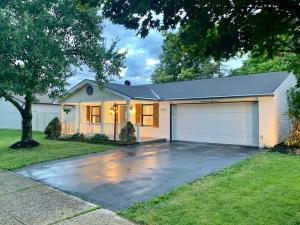 3753 Big Walnut Drive, Groveport, OH 43125