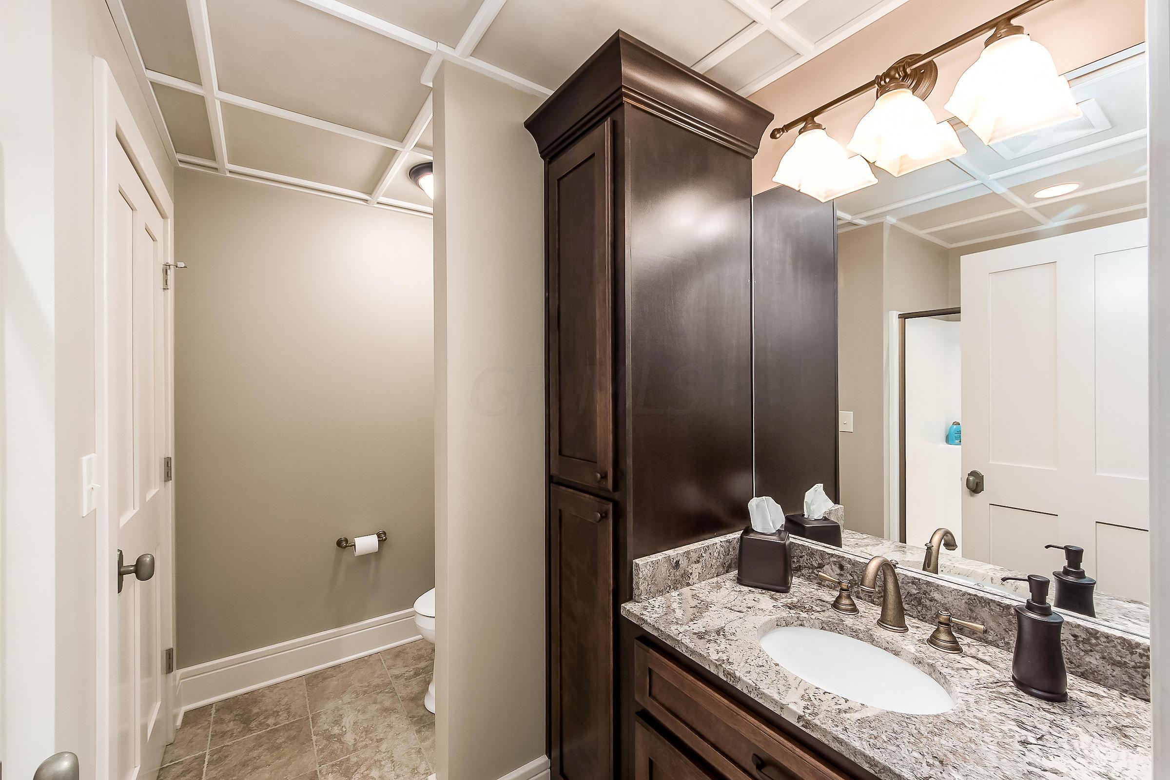 1999 Loudon Street, Granville, Ohio 43023, 5 Bedrooms Bedrooms, ,6 BathroomsBathrooms,Residential,For Sale,Loudon,219027574