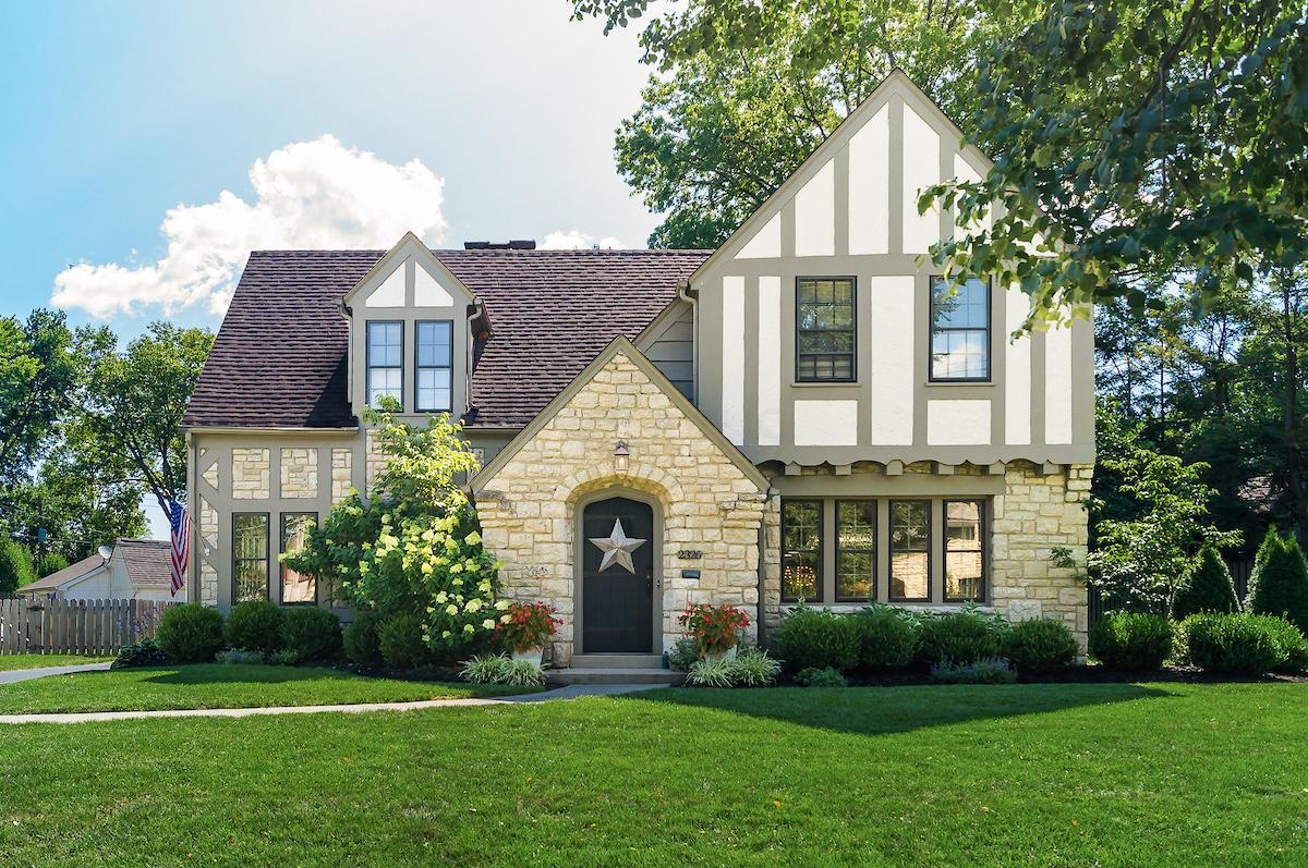 Photo of 2326 Andover Road, Columbus, OH 43221