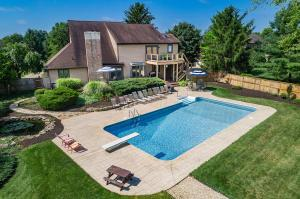 7726 Laurelwood Drive, Canal Winchester, OH 43110