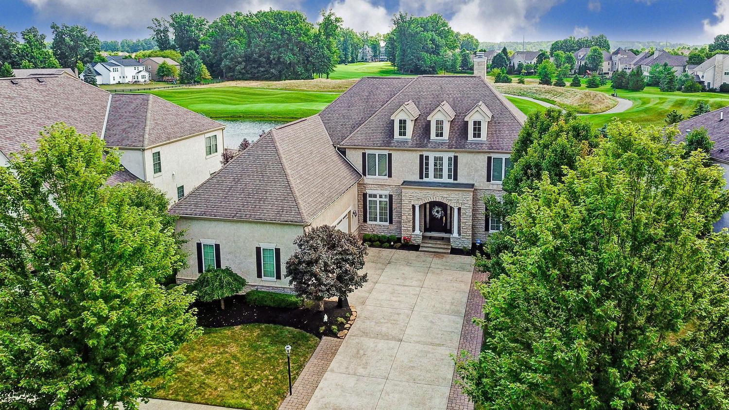 Photo of 4155 Village Club Drive, Powell, OH 43065