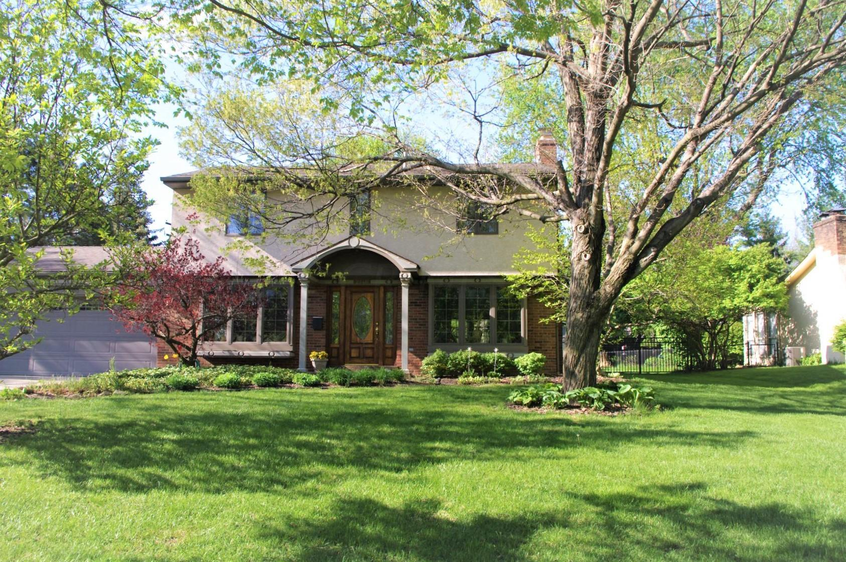 Photo of 2446 Haverford Road, Upper Arlington, OH 43220