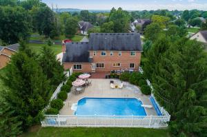7720 Laurelwood Drive, Canal Winchester, OH 43110