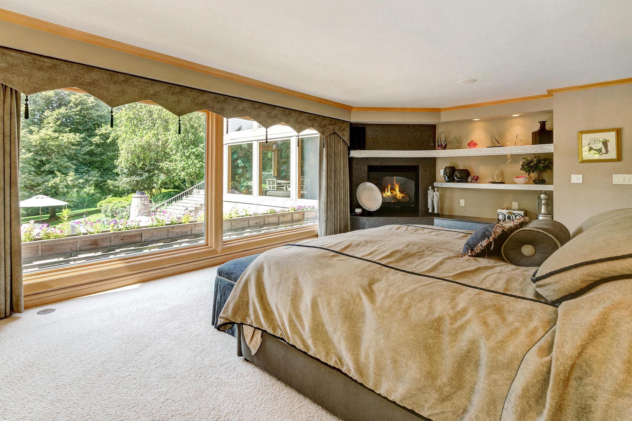 2525 Wimbledon Road, Columbus, Ohio 43220, 4 Bedrooms Bedrooms, ,6 BathroomsBathrooms,Residential,For Sale,Wimbledon,219029698