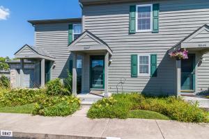 Incredible Kensington Woods Gahanna Ohio 43230 Homes For Sale Home Interior And Landscaping Dextoversignezvosmurscom