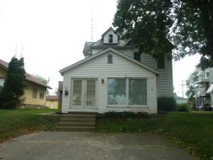 Property for sale at 902 S Court Street, Circleville,  Ohio 43113