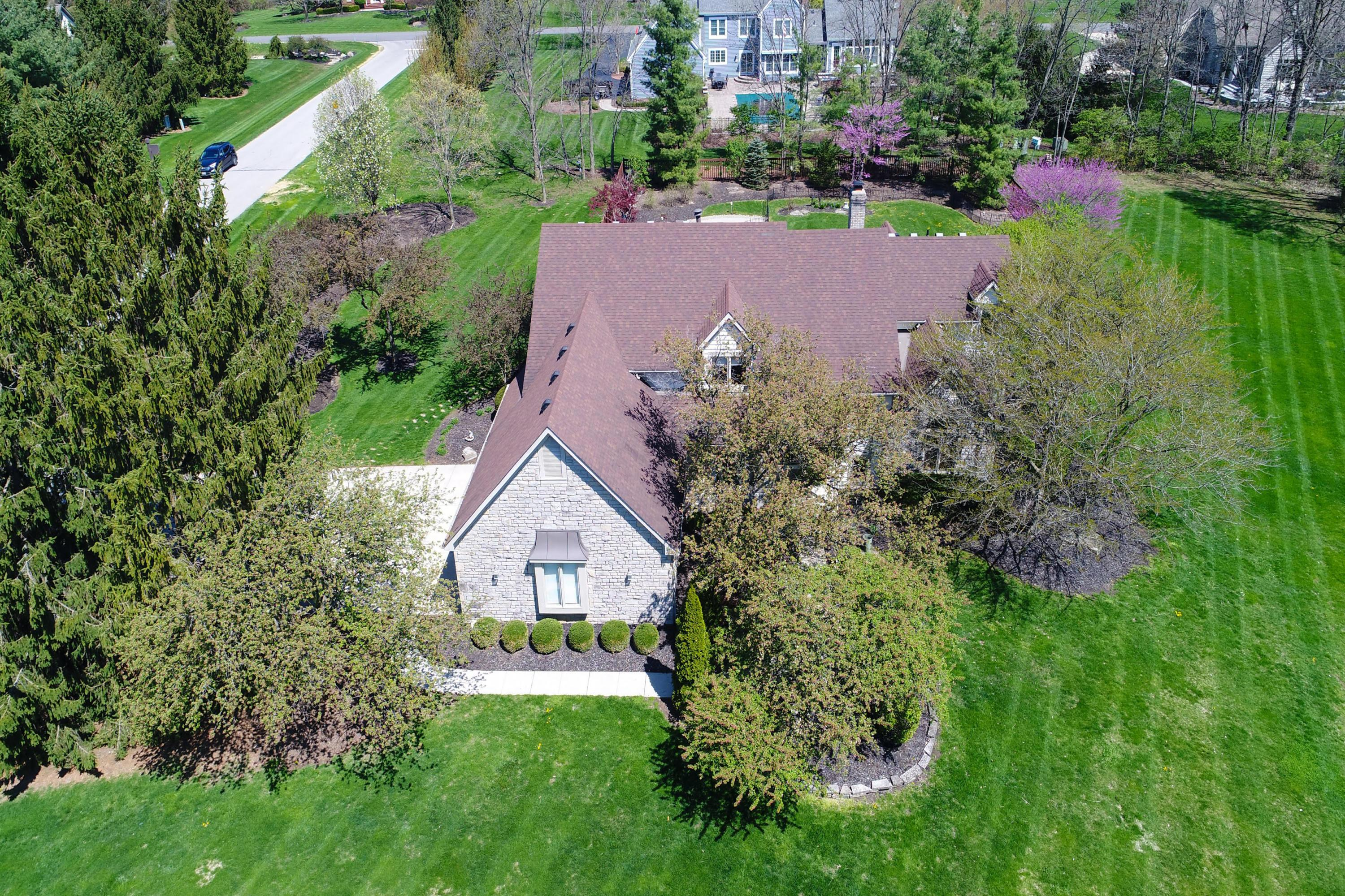 Photo of 476 Partridge Bend, Powell, OH 43065