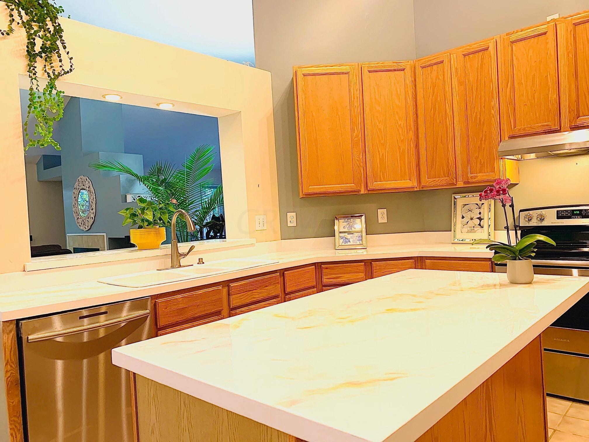 6249 Balmoral Drive, Dublin, Ohio 43017, 4 Bedrooms Bedrooms, ,3 BathroomsBathrooms,Residential,For Sale,Balmoral,219037021