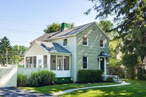 2536 E Livingston Avenue, Bexley, OH 43209