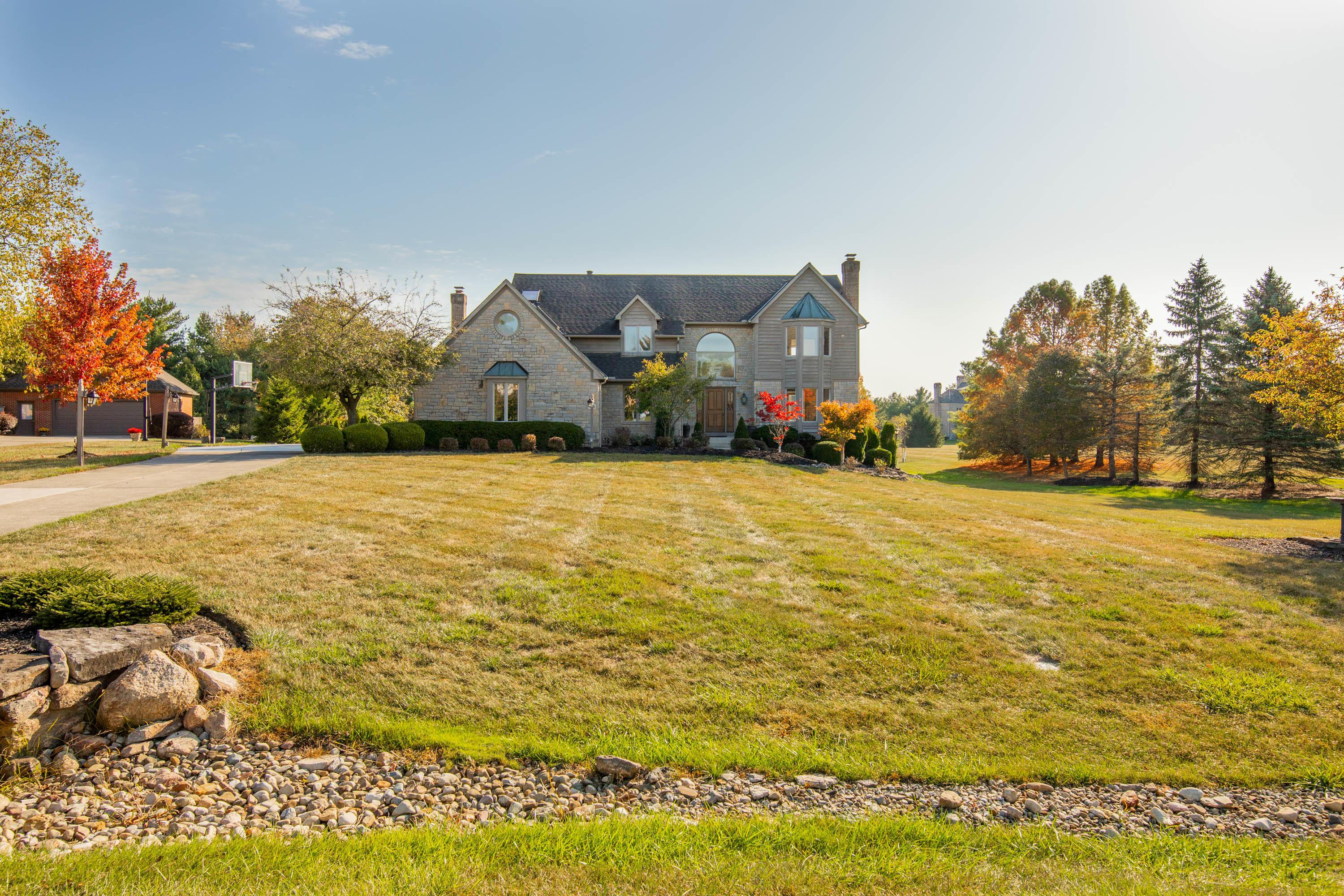 Photo of 356 Partridge Bend, Powell, OH 43065