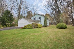 Property for sale at 160 Northigh Drive, Worthington,  Ohio 43085