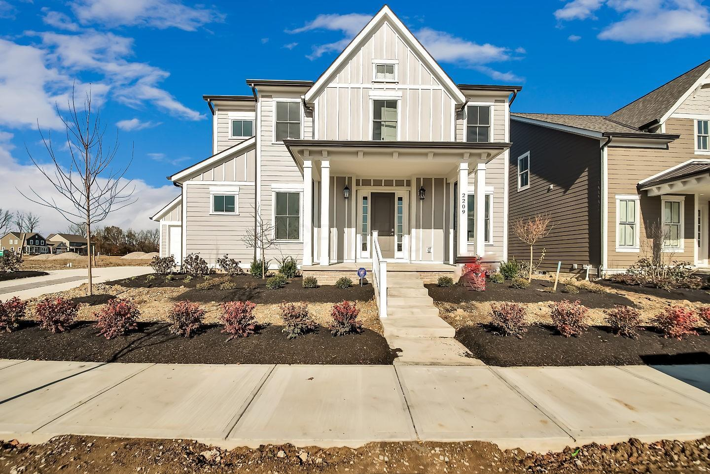 Photo of 2209 Red Oak Street, Lewis Center, OH 43035