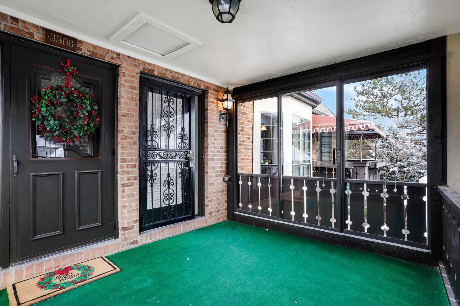 3502 La Rochelle Drive, Upper Arlington, Ohio 43221, 2 Bedrooms Bedrooms, ,3 BathroomsBathrooms,Residential,For Sale,La Rochelle,219045815